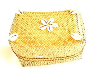 Handmade decor, rattan gift ware, bali jewelry box, seashell decoration, accessory gifts