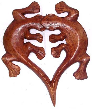 Tropical gecko designs, artisan handmade crafts, wooden wall plaques, country home decor, garden handicraft products
