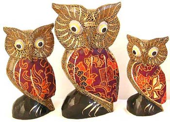 Owl designed carving, quality bali figures, animal statue, indonesian crafts, art inspired decor, garden craft, household ornaments